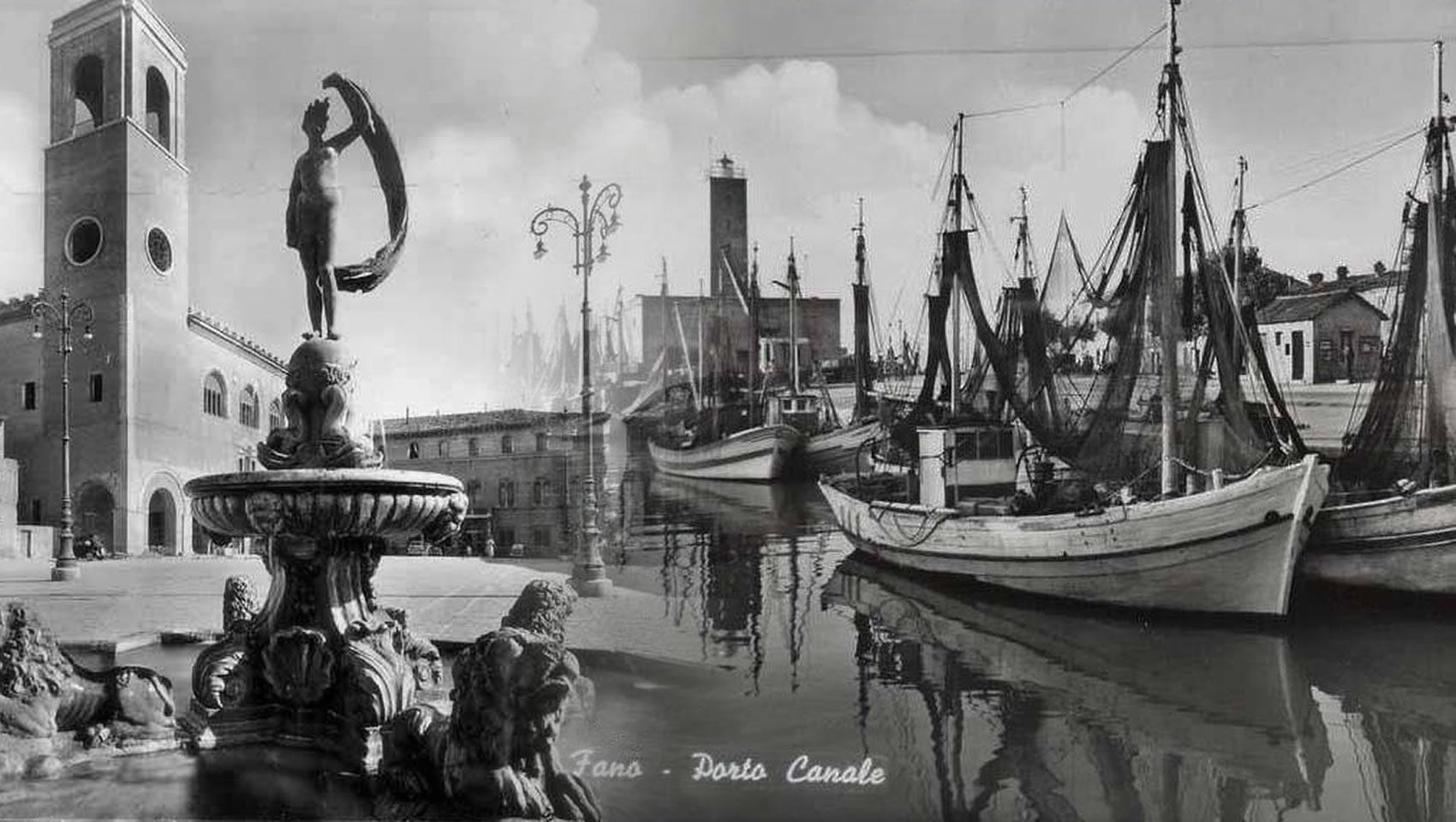 fano antica mare piazza